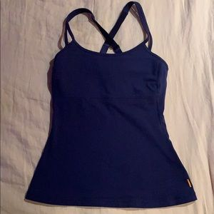 Lucy active top size XS.